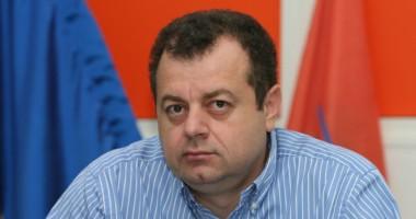 Conservatorii constănţeni nu s-au înghesuit să se întâlnească cu Mircea Banias