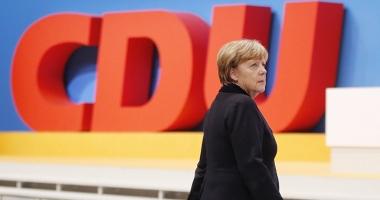 Conservatorii Angelei Merkel obţin cel mai scăzut sprijin în ultimii  6 ani