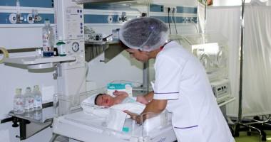 Un nou serviciu la Euromaterna. Ce se întâmplă cu bebeluşii născuţi prematur