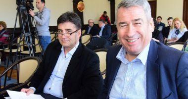 Consilierii locali Horia Căliminte și Romeo Rezeanu, eliberați din funcții de prefect
