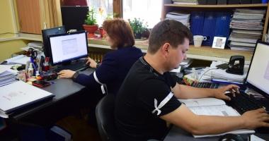 Sedii noi pentru două servicii din Primăria Constanța