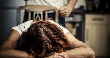 Cutremur�tor! �i-a ucis fiica de cinci ani pentru c� nu �i pl�cea cum �l privea