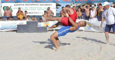 Constănţenii şi turiştii, invitaţi la Jocurile Sportive pe Plajă ale Mangaliei