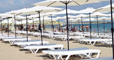 Constănţenii protestează mâine. Vor plaje fără şezlonguri şi civilizate