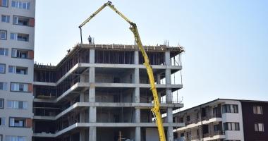 """Constănţeni panicaţi: """"Ne temem să nu ne trezim cu blocuri de 10 etaje!"""" Ce gânduri are primăria"""