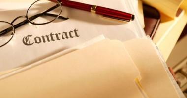 La câte contracte  cu durată limitată avem dreptul