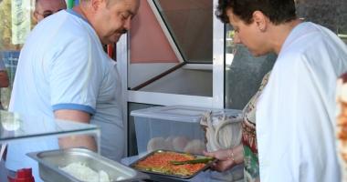 Controale severe în restaurantele şi autoservirile de pe litoral. Amenzi uriaşe în doar două zile