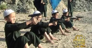 Copii de 5 ani, antrenaţi să fie ucigaşi
