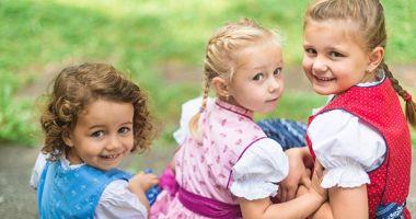 Comisia Europeană avertizează Austria după adoptarea legii privind reducerea alocațiilor copiilor imigranților din statele est-europene