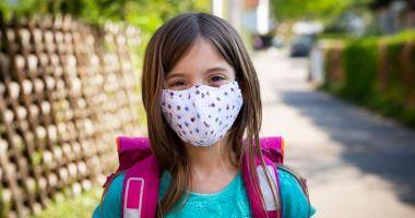 De la ce vârstă ar trebui copiii să poarte mască de protecție