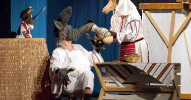 """Copiii sunt aşteptaţi de capra cu trei iezi la Teatrul """"Căluțul de Mare"""""""