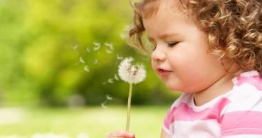 Plafonul de 3.400 lei impus pentru indemnizaţia de creştere a copilului va fi eliminat de la 1 ianuarie 2016