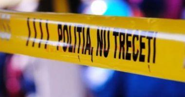 TRAGEDIE. Sora și mama unui polițist, găsite moarte în casă