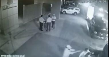 Român executat în stil mafiot pe o stradă din Cancun. A fost împuşcat în cap prin luneta maşinii
