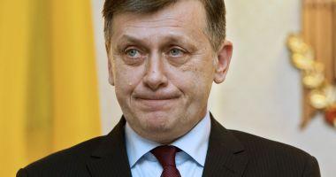 Liberali nemulțumiți că Antonescu ar putea fi pe lista PNL la europarlamentare