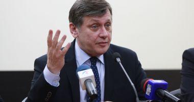 Se întoarce Crin Antonescu în politică?