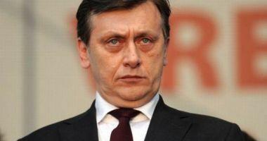 ALEGERI EUROPARLAMENTARE 2019: Crin Antonescu revine în politică, va candida pe listele PNL