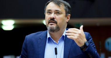 Cristian Ghinea: Susţin complet reforma salarizării unitare