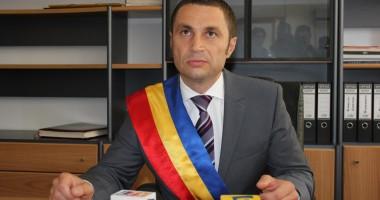 Cristian Radu se întâlneşte cu agenţii economici