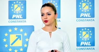 Cristina Văsii, de la Constanţa, prim-vicepreşedinte al tinerilor din PNL