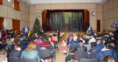 Administraţia locală a oferit burse elevilor din Cumpăna