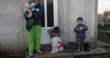 Cumpăna. 45 de familii primesc tichete de alimente