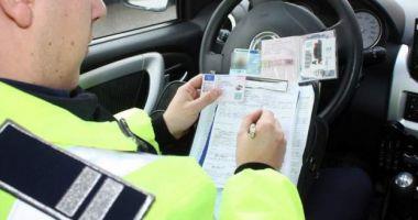 Proiect USR-PLUS: Conducătorii auto cu permis suspendat vor putea susţine testul oriunde în ţară