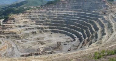 Statul va relua privatizarea Cupru Min după o discuție între conducerea Ministerului Economiei și o delegaţie a Roman Copper