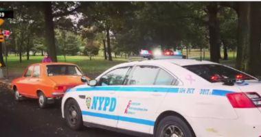 IMAGINEA ZILEI! Dacia 1300 a unui român, postată pe Facebook alături de o maşină a NYPD