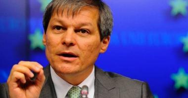 Dacian Cioloş răbufneşte, după ce moţiunea a trecut în Parlament