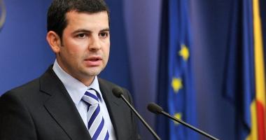 """Daniel Constantin: """"Tăriceanu a rămas captiv unui stil arhaic de a face politică"""""""
