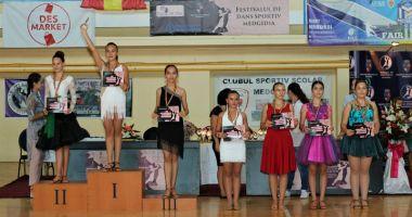 Sute de tineri s-au întrecut la Festivalul  de dans sportiv de la Medgidia