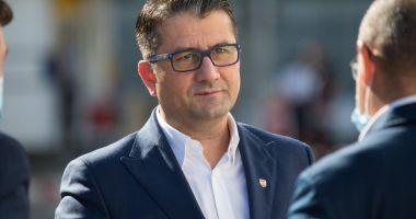 """VIDEO/ Primarul Decebal Făgădău, mesaj la final de mandat: """"A fost onoarea vieţii mele!"""""""