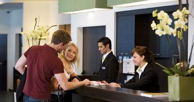 Deficitul de lucrători din turism a crescut la 30%