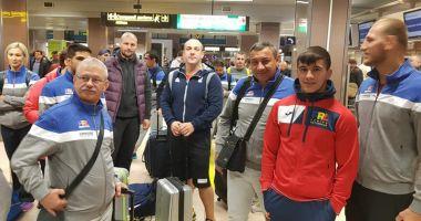 Delegaţia României de lupte pe plajă şi-a luat zborul  către Mondiale