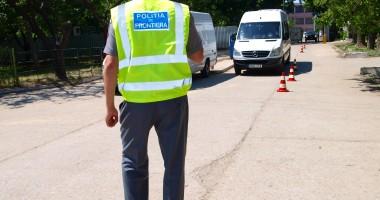 Prins de poliţiştii de frontieră fără permis, dar la volan