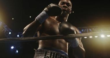 Campion mondial de box, arestat pentru posesie de marijuana