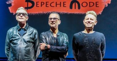Veşti triste pentru fanii Depeche Mode. Solistul a fost spitalizat. Anunţul trupei despre concerul de la Cluj