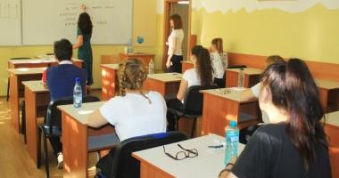 Dezbatere asupra proiectelor planurilor cadru pentru învăţământul liceal, la Colegiul Naţional Pedagogic Constanţa