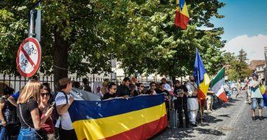 Veste bună pentru românii din diaspora. Vor putea transfera bani în România fără comision