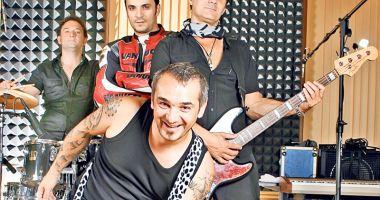 Direcţia 5 cântă live pentru fanii săi,  la Mamaia