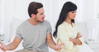 Divorţ la primărie sau la notar? Cât au de plătit constănţenii care vor să fie