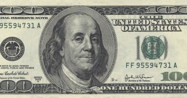 Dolarul american s-a apreciat şi astăzi