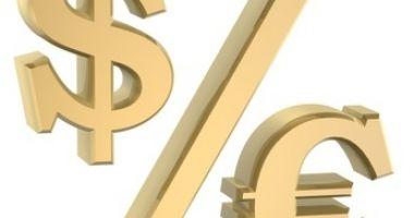 Euro cedează în fața dolarului