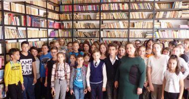 Se fac donaţii pentru utilarea bibliotecii Şcolii Gimnaziale Dorobanţu