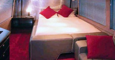 Lady Gaga a ales să doarmă  în dormitorul din autocar  decât în camera de la Hilton