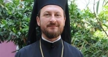 Fostul episcop al Huşilor, cercetat pentru act sexual cu minori