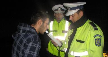 Dosare penale după ce au fost opriți în trafic de polițiști