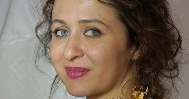 Două artiste din Constanţa expun la Chişinău