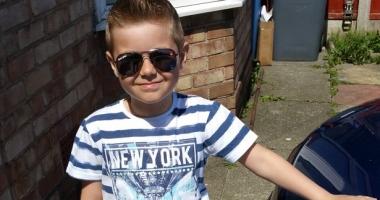 Foto : Drama unei familii din Constan�a: Fiul de �apte ani, mort �n Anglia, p�rin�ii caut� bani s� �l �nmorm�nteze acas�